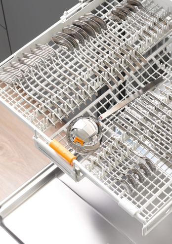 Cutlery drawer from someone else's dishwasher